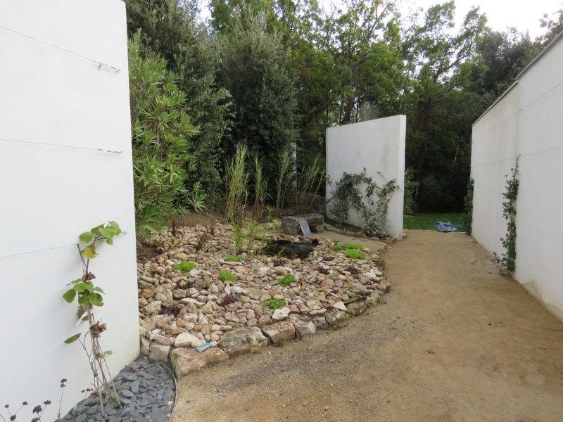 creation de jardin potager aix en provence carr et bio en 2016 paysagiste pour. Black Bedroom Furniture Sets. Home Design Ideas