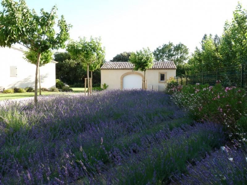 alexandre seimandi r alise un jardin rognes 13 paysagiste pour am nagement ext rieur. Black Bedroom Furniture Sets. Home Design Ideas